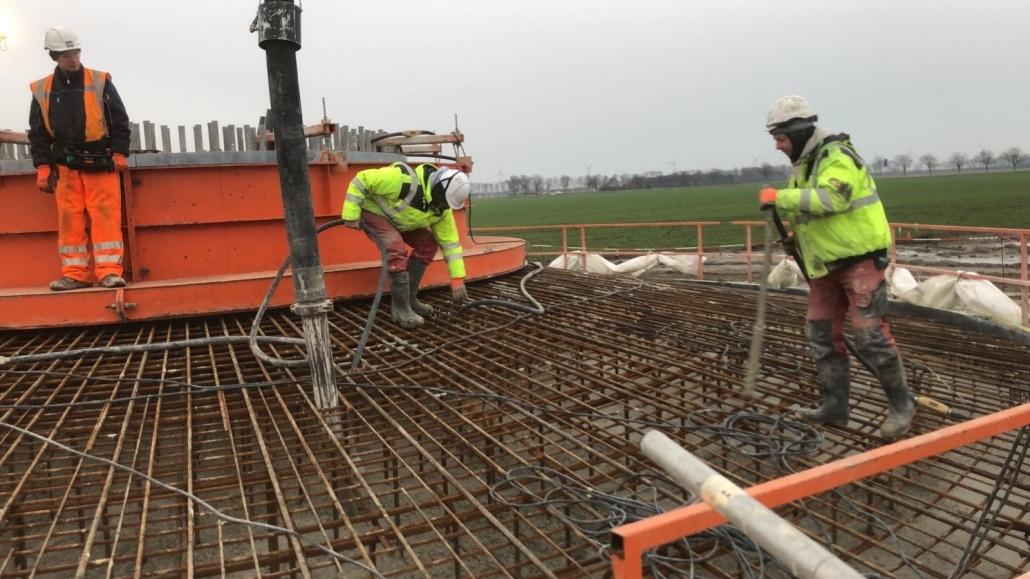 windpark wieringermeer, fundatie, betonvloer, beton storten