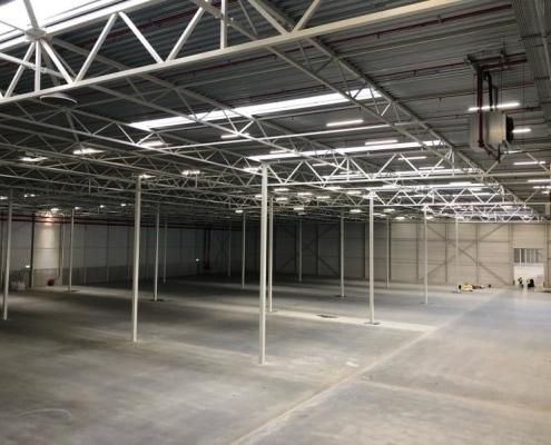 Betonvloer distributiecentrum Smartlog Ridderkerk - Loos Betonvloeren